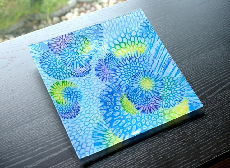 サンゴ染め 絵皿大(ブルー)