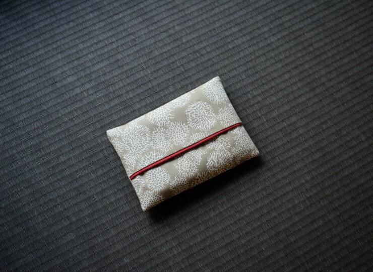 月サンゴ ポケットティッシュケース(ベージュ)