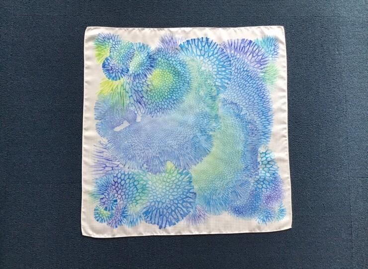サンゴ染め 正方形スカーフ(ブルー×グリーン)